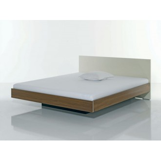 Jonas Kressel and Ivo Schelle Riva Bed
