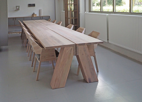 Gjalt Pilat Jonas Table
