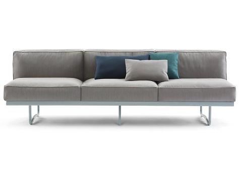 Le Corbusier, Charlotte Perriand, Pierre Jeanneret LC5 Sofa