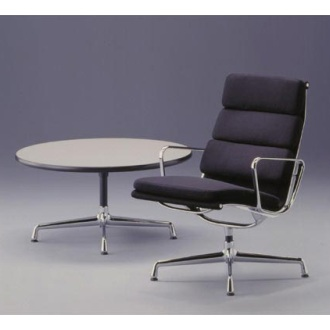 Charles and Ray Eames Soft Pad Chair - EA 215/EA 216