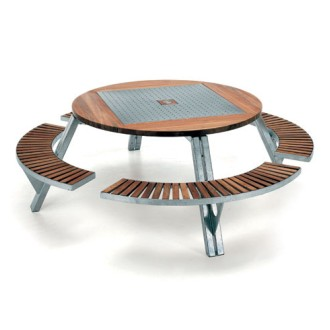 Dirk Wynants Gargantua Garden Table