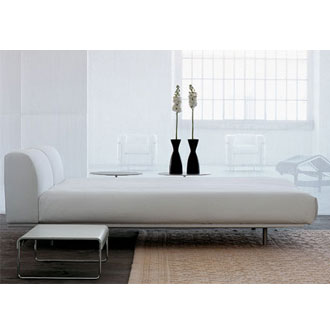 Piero Lissoni Site Bed
