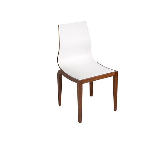 André Cruz Tarsila Chair