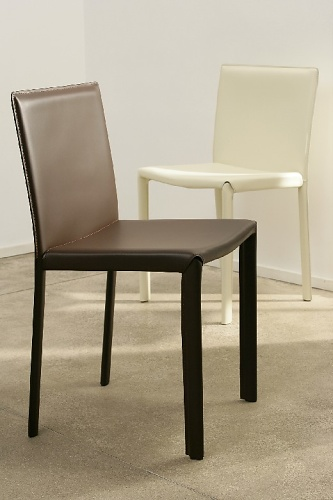 Artelano Gilda Chair