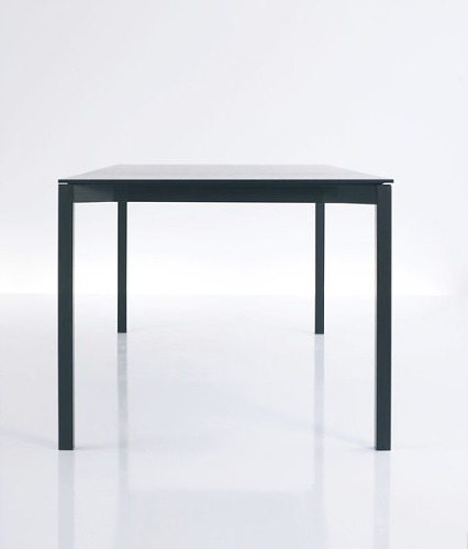 Bernhard Müller Tira Table