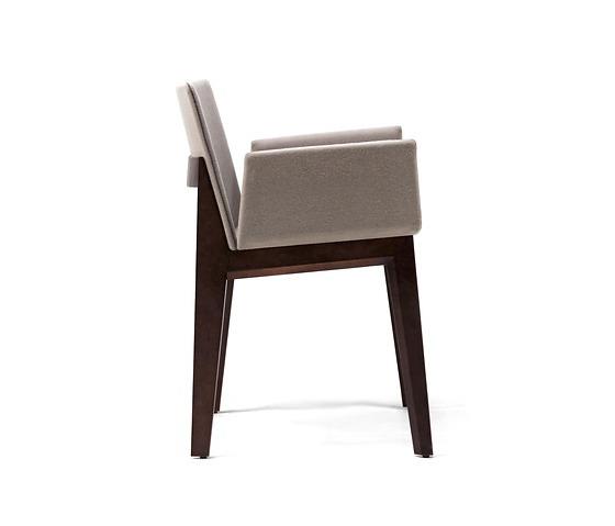 Carlos Tíscar Ava Chair