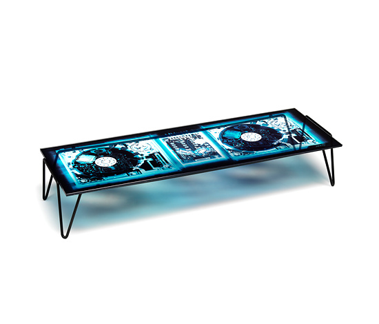 Diesel Xraydio Table and Screen