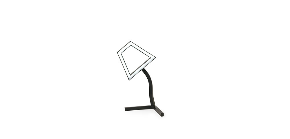 Ding 3000 2D LED Table Lamp