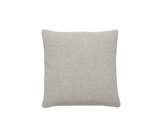 e15 Cu06 Nima Cushion