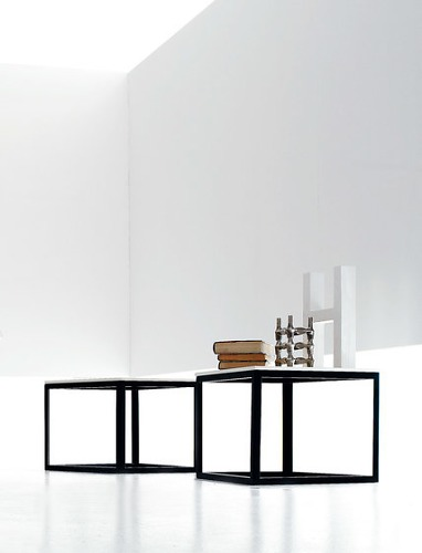 Bernhardt & Vella Filu' Table