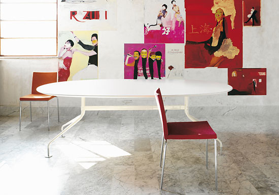 Enrico Franzolini Agratable Table