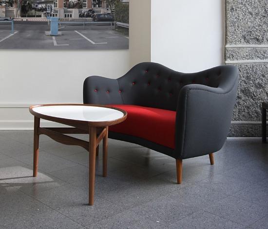 Finn Juhl Eyetable 4850 Table