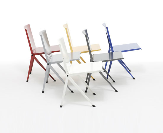 Gerrit Thomas Rietveld Mondial Chair and Table