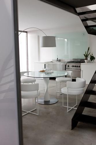 G. Carollo Spin Side Table
