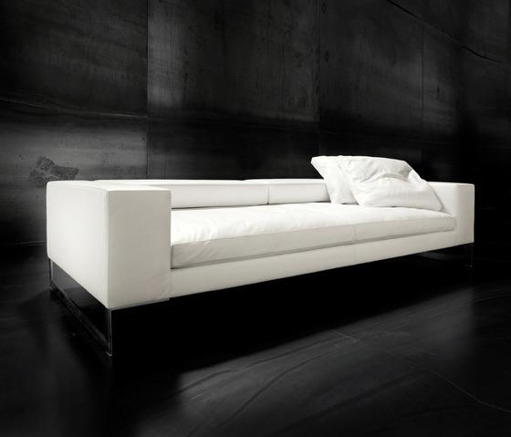 Giorgio Leather Reclining Sofa: Giorgio Soressi Perfect Day Sofa