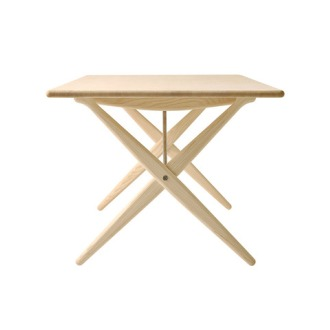Hans J. Wegner PP 85 Table
