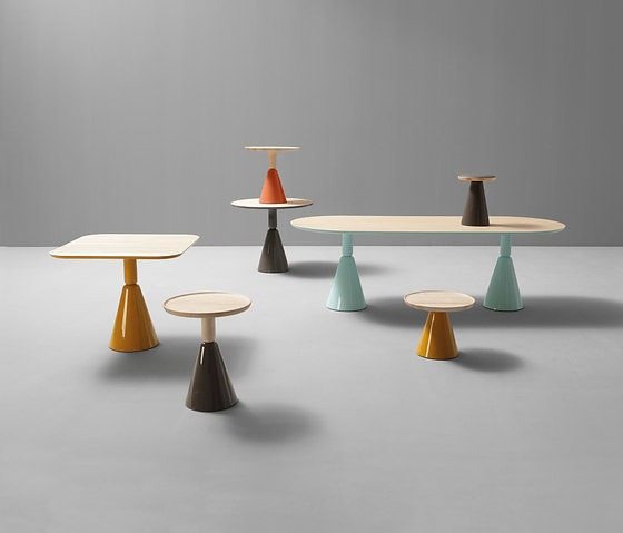 Ionna Vautrin Pion Table