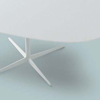 Jeannette Altherr, Alberto Lievore and Manel Molina Eolo Table