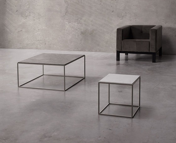 Joan Lao Pequeñas Arquitecturas Table Collection