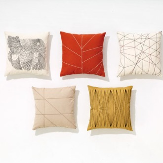 Lievore, Altherr, Molina Pillows