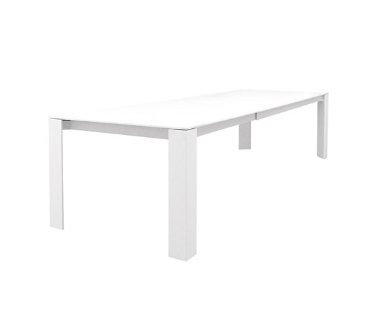 Martin Ballendat Snow Table