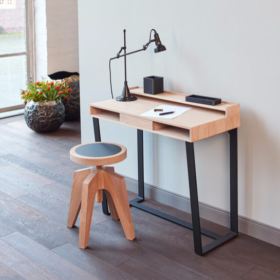 Mike Ruch Harvey Table