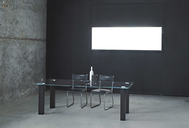 Nanda Vigo Null Table