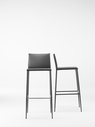 ONDARRETA Moka Seating Collection