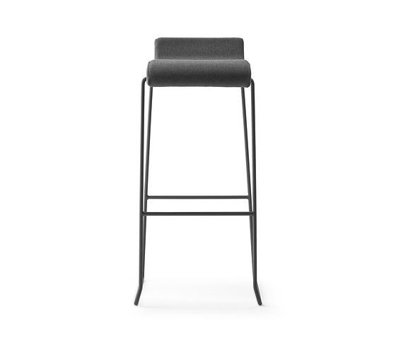 ONDARRETA Nova Seating Collection