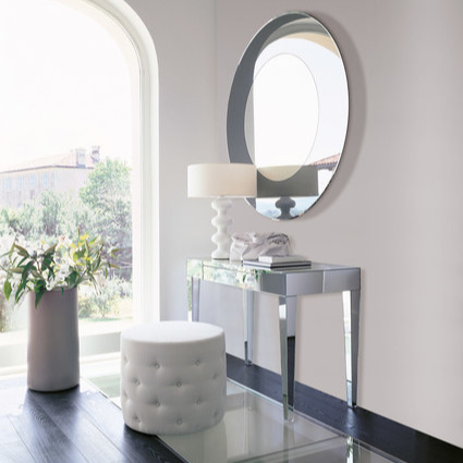 Opera Design Beauty Console Table