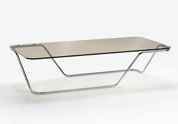 ora ito ta vola table. Black Bedroom Furniture Sets. Home Design Ideas