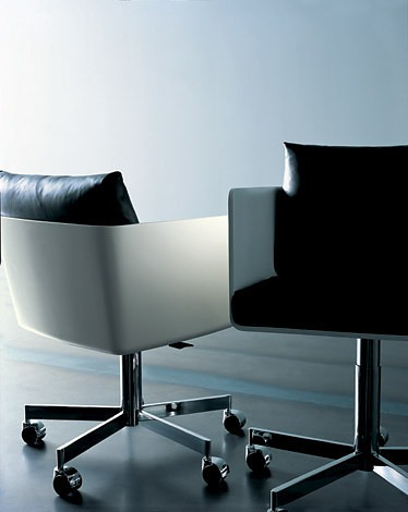 Piero Lissoni Pod Speed Chair
