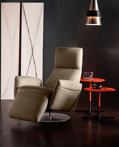 Poltrona Frau Pillow Reclining Chair