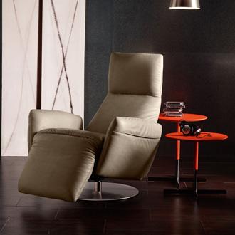 Poltrona Frau Pillow Reclining Chair