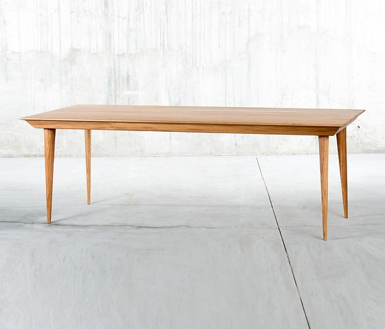 QoWood Malaqa Table