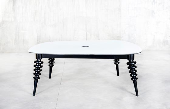 QoWood Marcela Table
