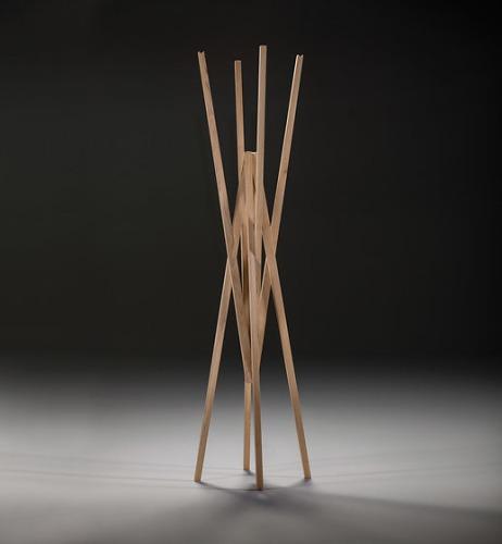 Redesign Simetria Coat Rack