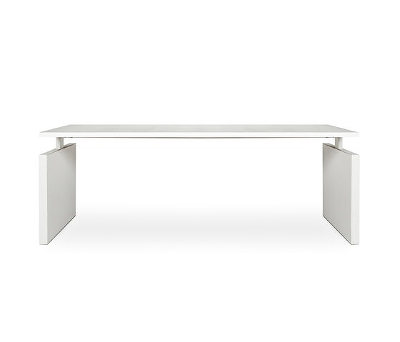 Richard Meier CHTH Desk