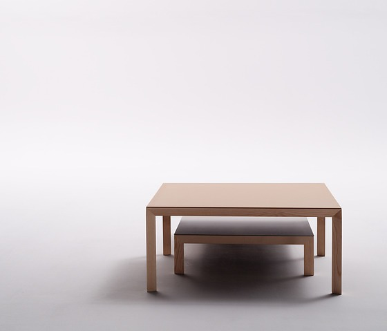 Serra&delaRocha Capas Table
