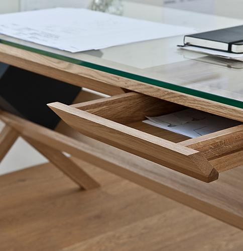 Shin Azumi Covet Desk