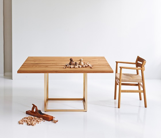 Søren Juul Jewel Table Collection