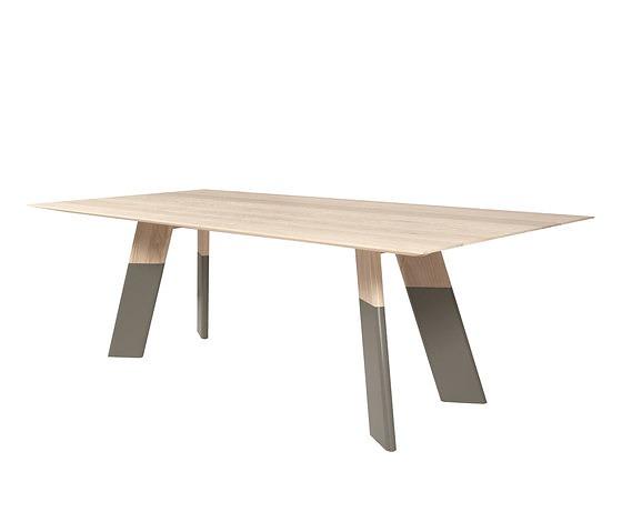 Sotiris Lazou Alhambra 001 Table