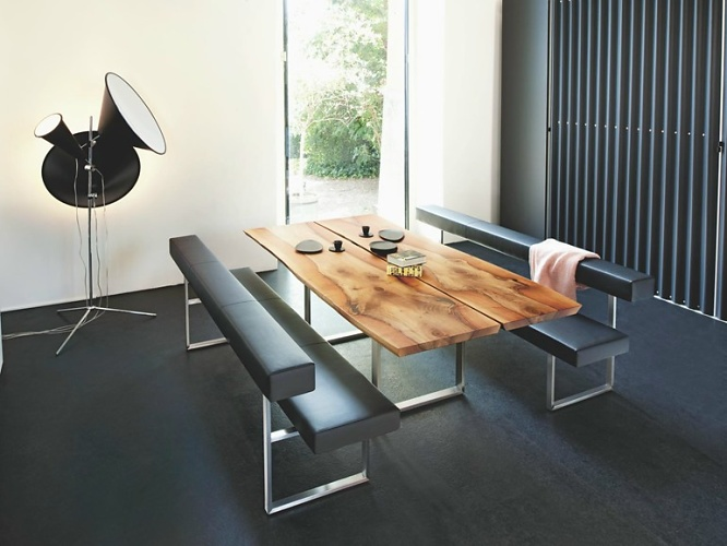 Stefan Westmeyer Authentic Table