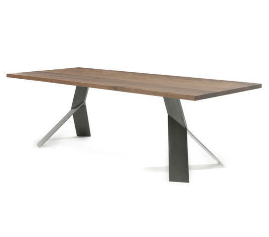 Studio Balutto Associati Jump Table