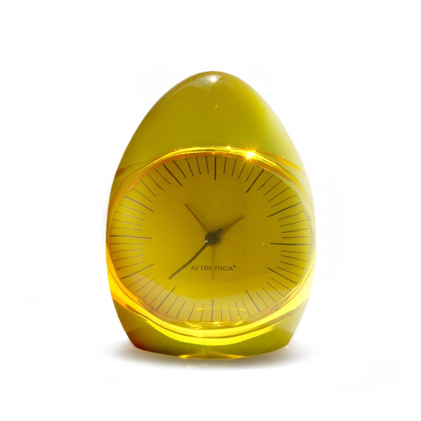 Tahmineh Javanbakht Dada Clock