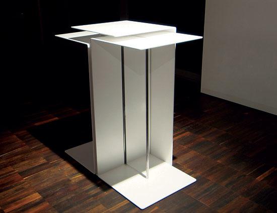 Tarjàn Ungar Triologie Table
