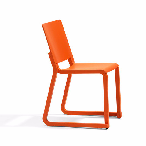 Thomas Bernstrand Vivi Chair