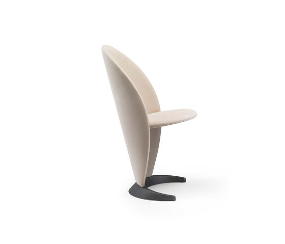 Tulczinsky Petalo Chair