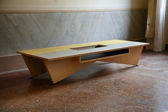 Umberto Riva New York Table