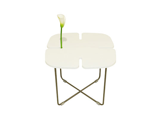 Yuniic Design Lucky Table